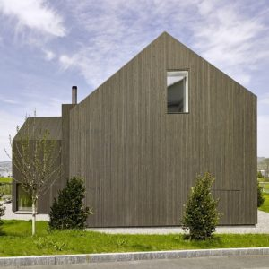 Neat Minimalist Exterior Modern Exterior That Blend With The Environtment Peaceful House Design