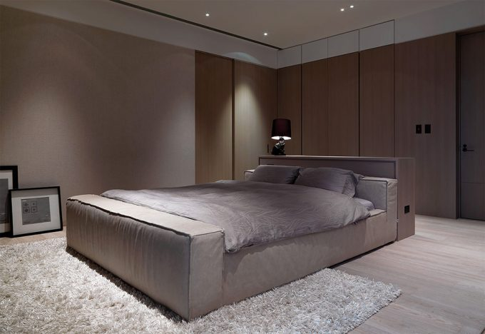 Soft Bedroom With Grey Bedoom Whiterugs And Wooden Corner Cabinet