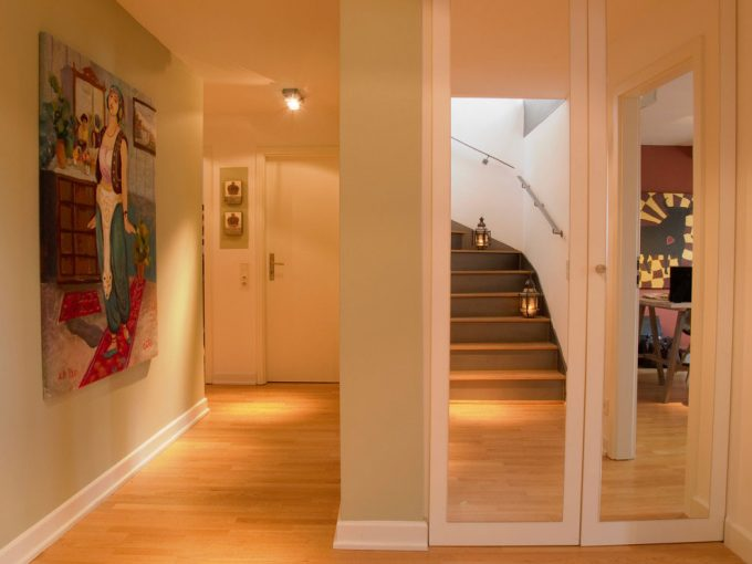 Staircase To The Roof Stylish Interior Decor