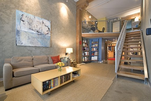 Contemporary Loft Decorating Ideas With Earthy Interior And Fresh Furniture