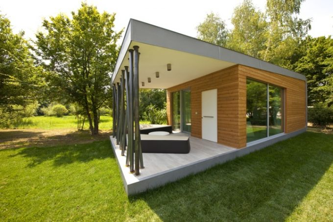 Exterior Design With Wooden Wall And Glass
