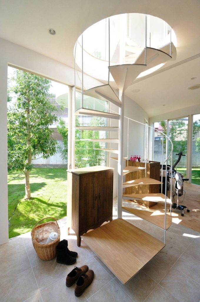 Open Space Design And Artistic Stair Decor