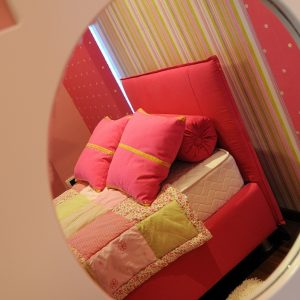 Pink Bed Design With Pink Pillow