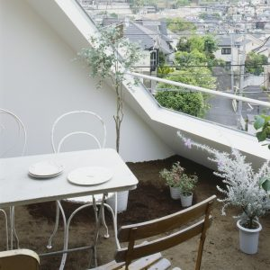 Roof Patio Design With White Color Modern Japan House Design