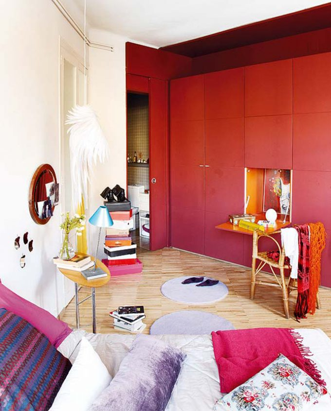 Smart Red Cabinet Design Bedroom Decoration