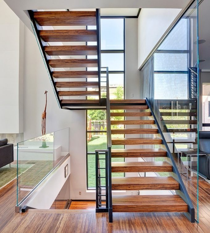 Sophisticated Staircase Design With Wooden Material And Modern Design