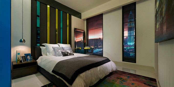 Stunning Bedroom Design With View Of Petronas Twin Buildings