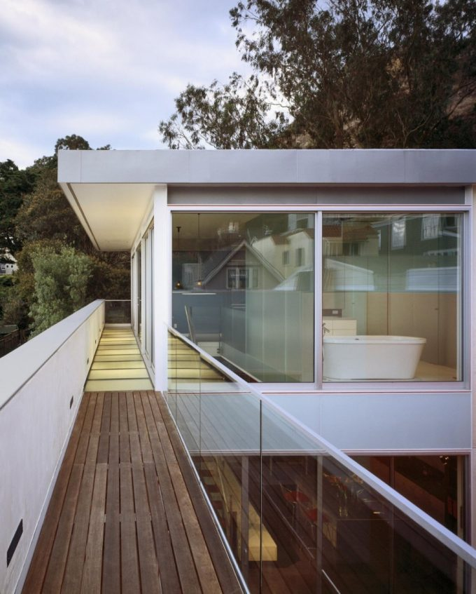 The Top Floor Design With Wooden Deck Balcony Glass Exterior Modern Residence Design