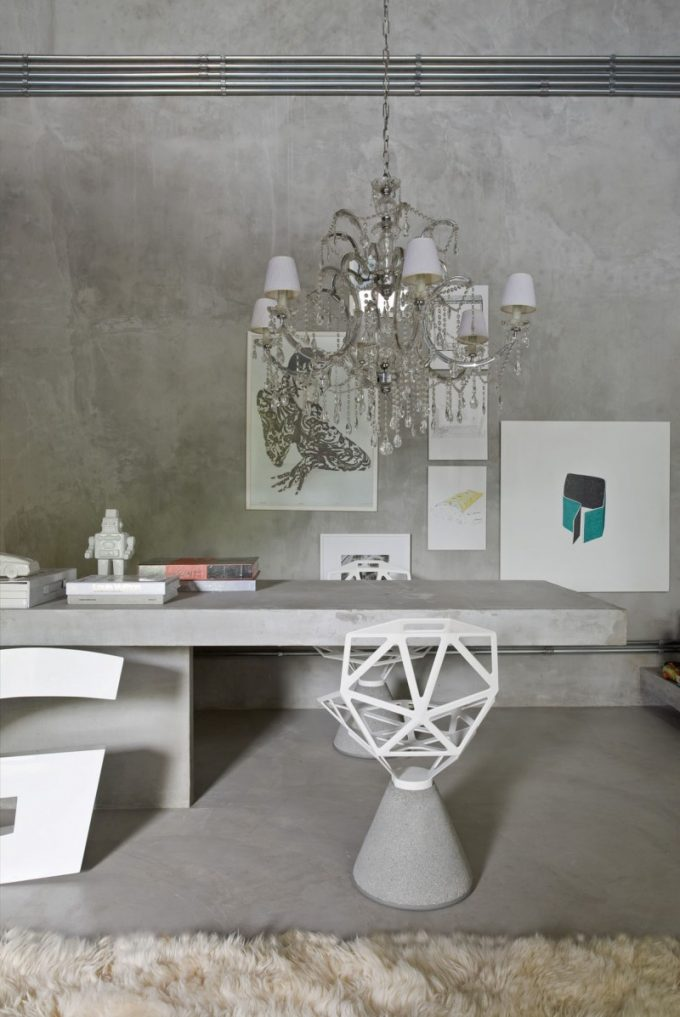 Work Space Design With Stylish White Chair