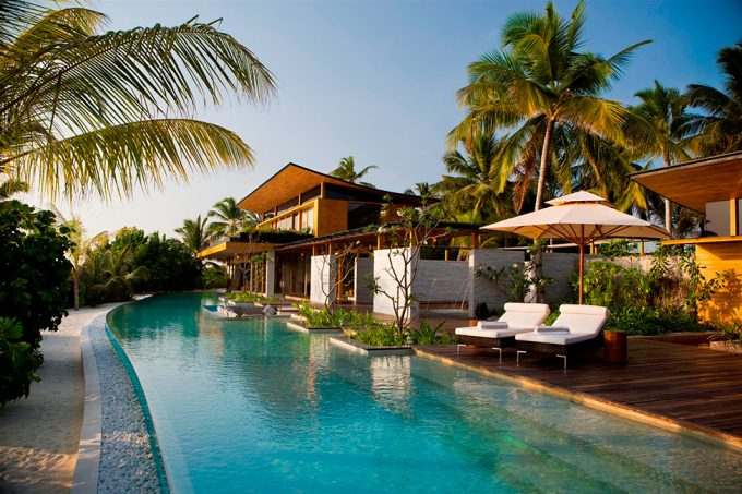 Awesome Luxury With Pool Surround Beautiful Wooden Villa Vacation Exquisite Villas