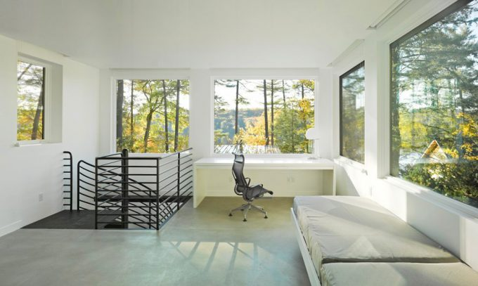 Cantilever Lake House Modern Retreat Lake House Waterfront House Design Minimalist Bedroom Design With Perfect Green View