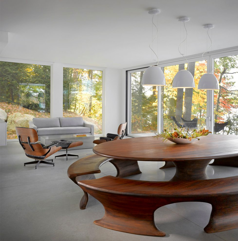 Cantilever Lake House Sleek Interior Living House With Floor To Ceiling Window And White Interior