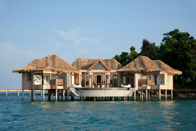 Chalet Floating On The Water Traditional Over Water House Design With Traditional Home Design