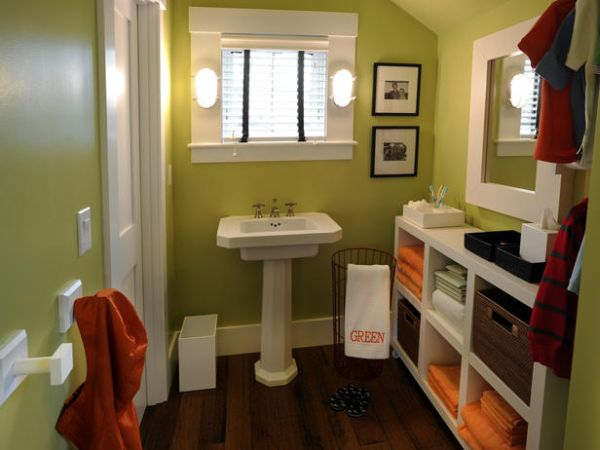 Compact Kids Bathroom Design In Natural Green And White Accent Also Small Furnishing