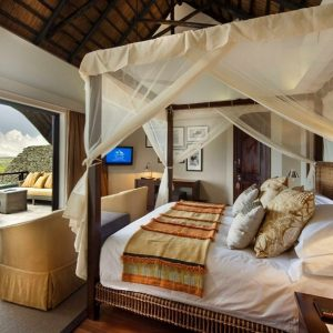Lodge Bilila Traditional Bedroom Design With Mosquito Nett And Traditional House Design