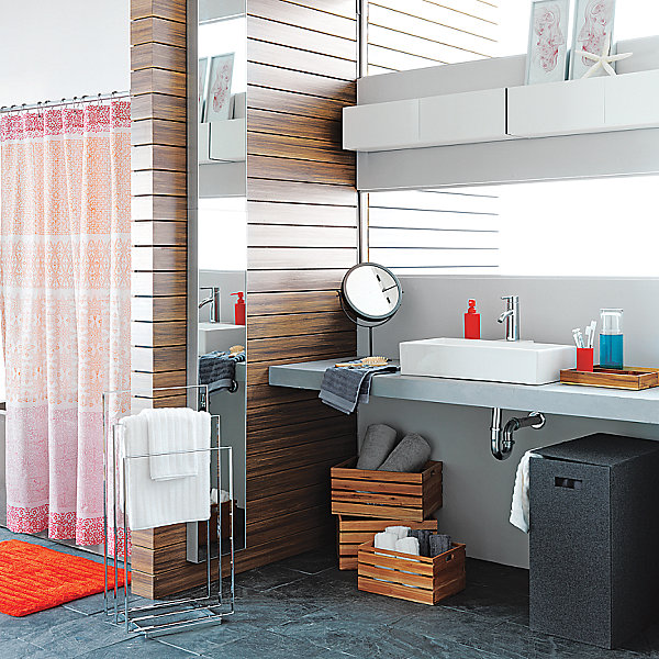 Modern Color Blocked Shower Curtain With Wooden Color Blocking Bathroom
