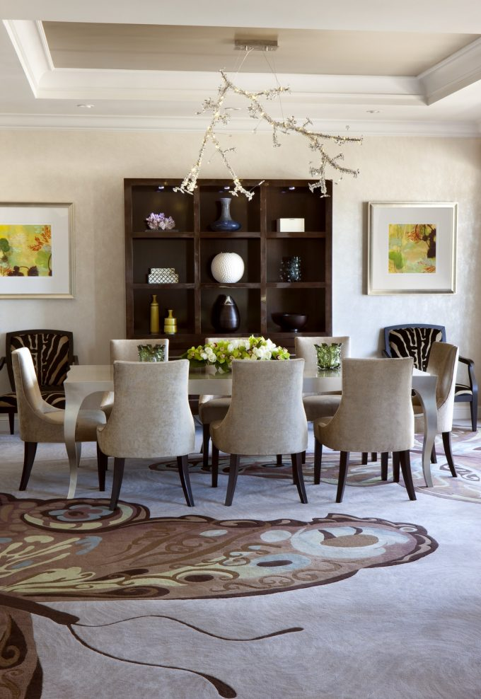 Presidential West Suite Elegant Dining Furniture With Beautiful Chandelier