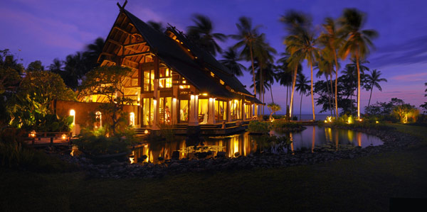 Puri Ikan Villa Night View Modern Villa With Traditional Design Beautiful Villa In Bali