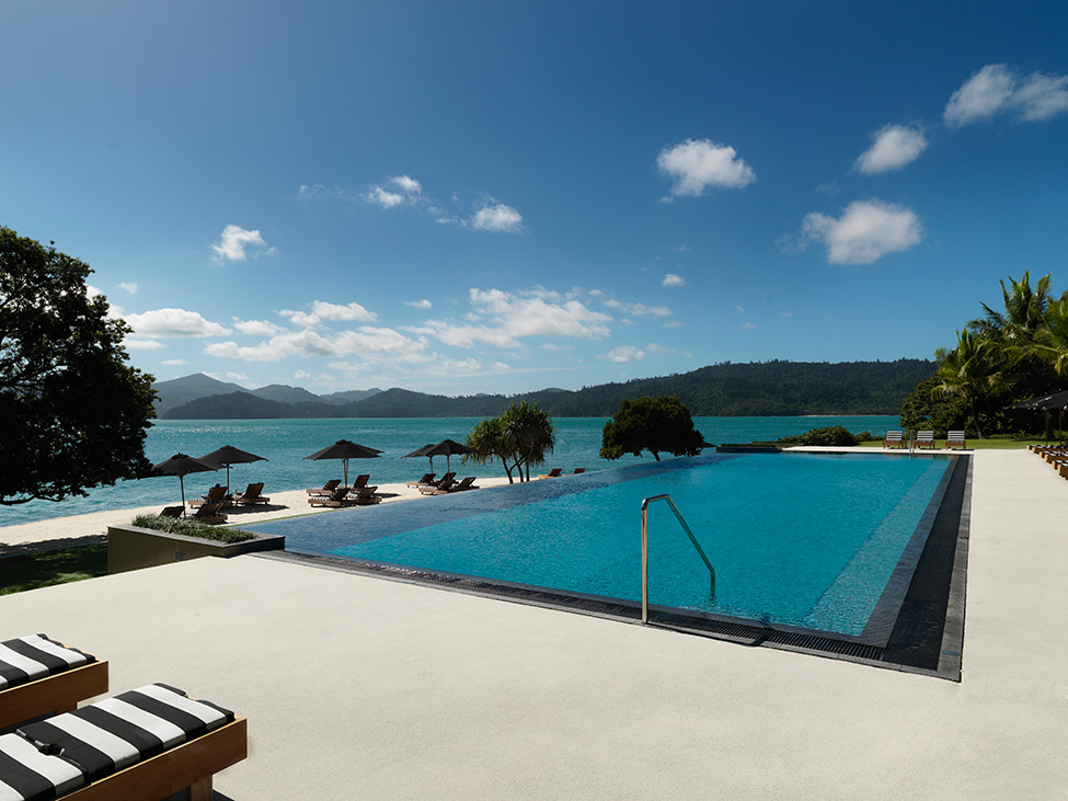 Qualia Resort Cool Blue Pool With Sea View Backsplah Beautiful Seafront Resort In Australia