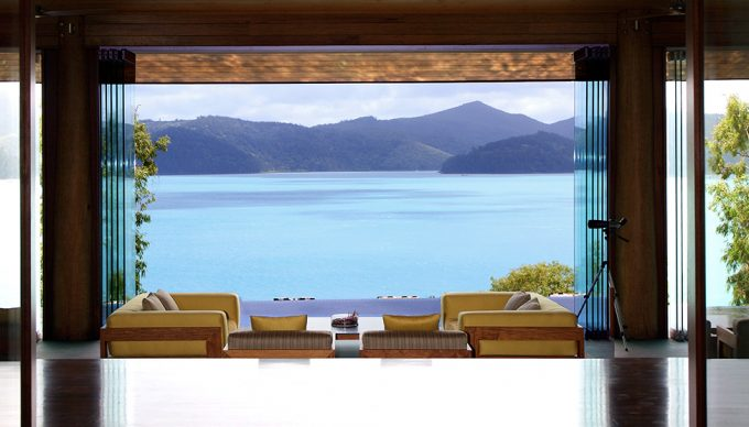 Qualia Resort Has Open Space Living Room With Awesome Sea Scenery