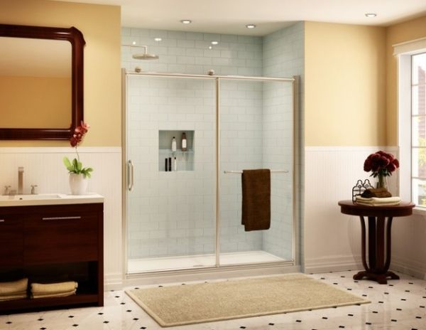 Smart Shower Enclosure With Sliding Doors Ideal For Small Bathrooms