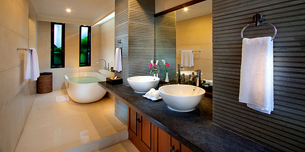Awesome Exotic Modern Bathroom With Green View And Wood Vanity Clean Bathroom Design