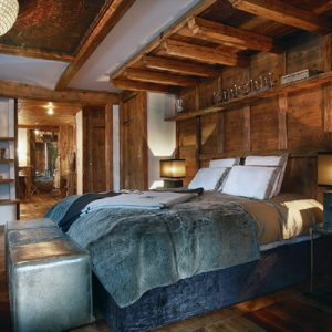 Beautiful Marco Polo Master Bed Design With Warm Bed With Grey Bedding Chalet Bedroom Design