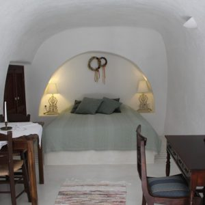 Bedroom Aris Caves Comfortable Grey Bed And Classic Wooden Furniture