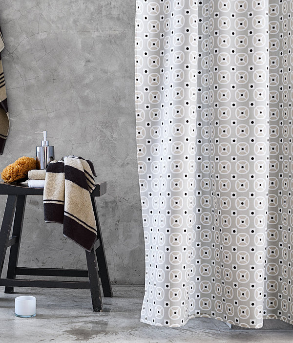 Contemporary Bathroom Curtain Design With Geometric Shower Curtain