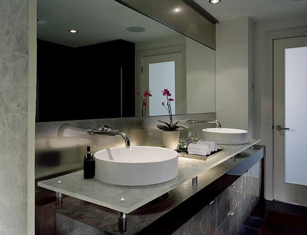 Fancy Master Bathroom With Round Porcelain Sink