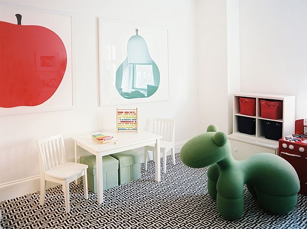 Kids Bedroom With Black And White Pattern Rug And Safe Play Space