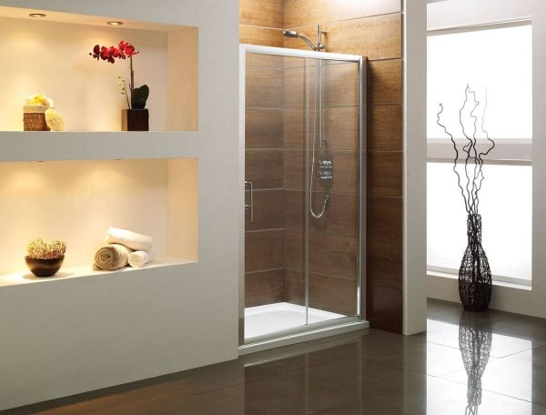Large Bathroom Decor With Sliding Shower Door Enclosures For A Sophisticated Modern Look