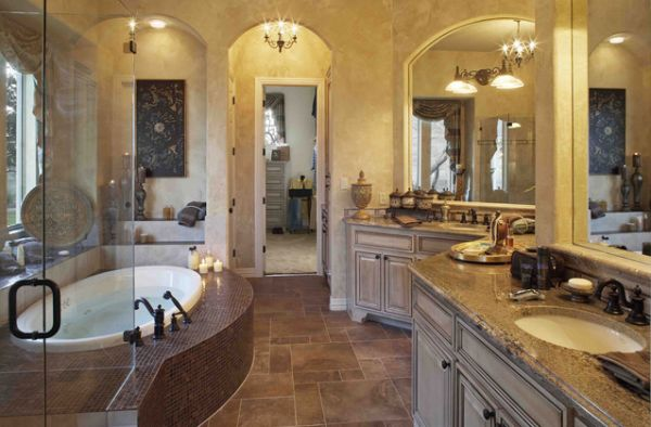 Luxury Traditional Bathroom With Victorian Style