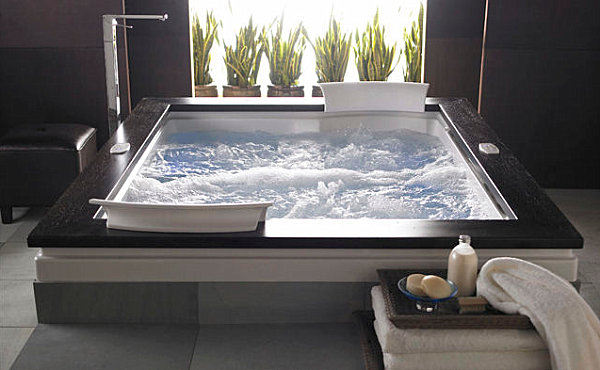 Luxury Whirlpool Tub With Wooden Border For Sophisticated Jacuzzi Tub Decor
