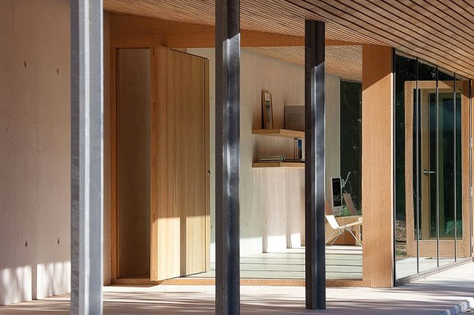 Open Space Design With Folding Wooden Door Decor Beautiful Seafront House Inspiration