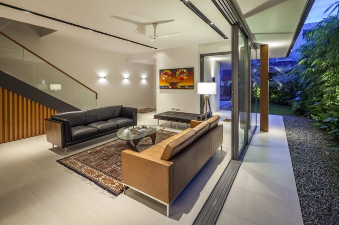 Open Space Style Living Room With Minimalist Furniture Design