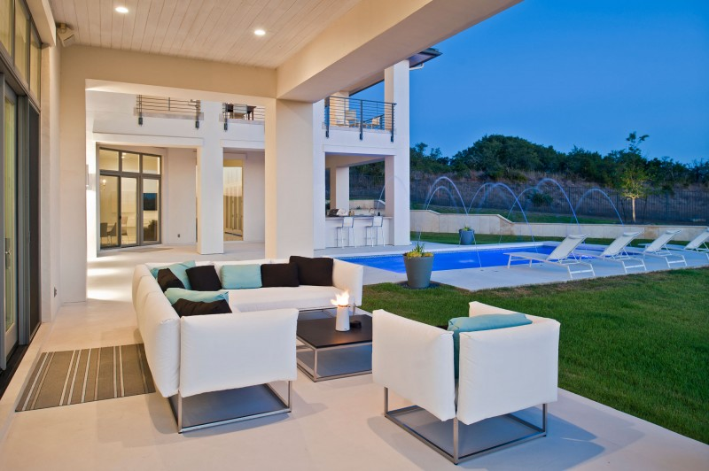 Architecture Relaxing Patio With White Sofa And Beautiful