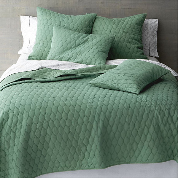 Soft Bedding Decor With Jade Green Bed Linens For Relaxing Sleep Experience