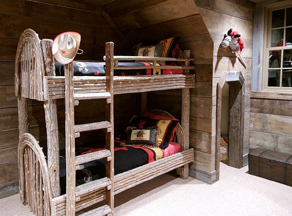 Wonderful Rustic Bedroom With Bunk Beds And Pale Old Wood Wall Decor