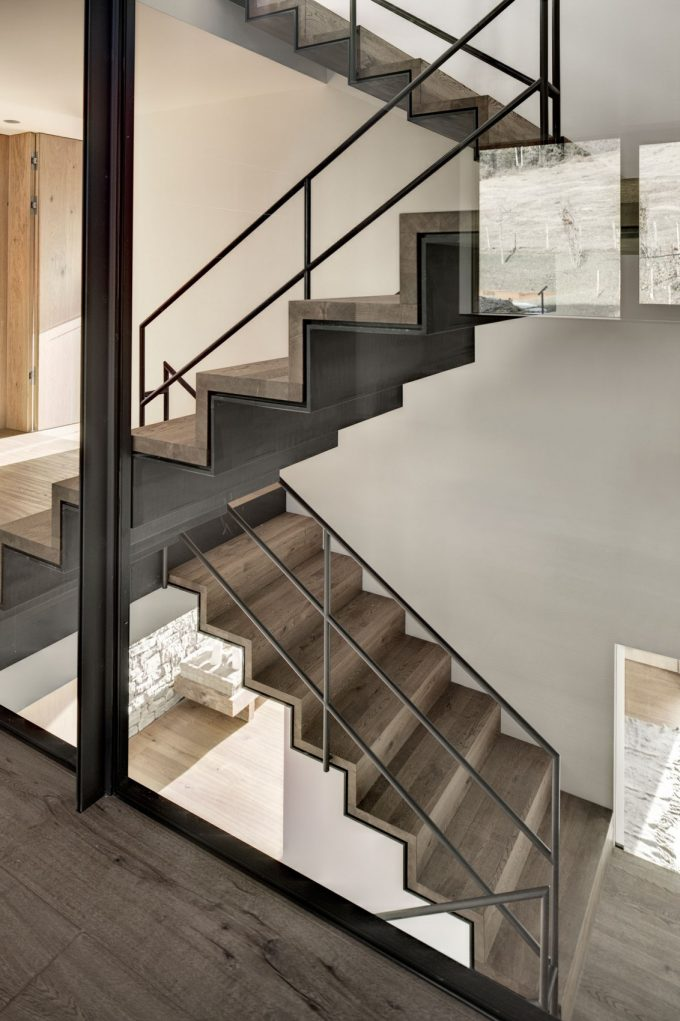 Zig Zag Staircase With Glass Banister Wooden Retreat House Design 3 Story Holiday House Design