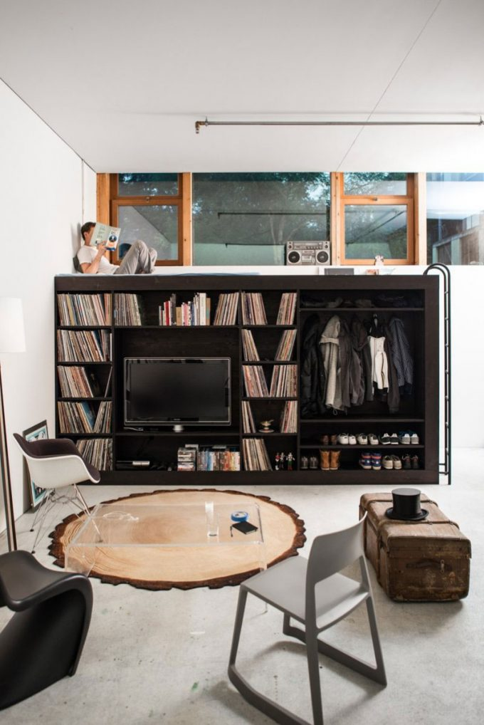 The Living Cube With Wardrobe And Tv Set Table
