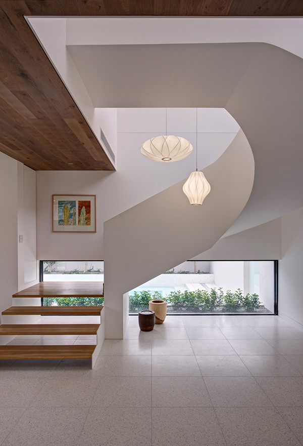 Awesome Swirl Like Staircase With Floating Staircase