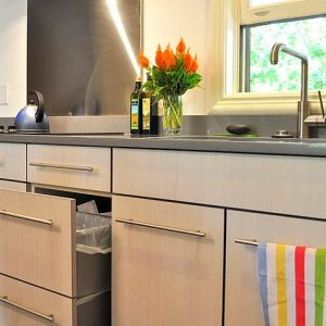 Beautiful Bright Painted Kitchen Cabinets For Natural Light Decor
