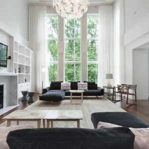 Cool Spacious Living Room With Hight Windows