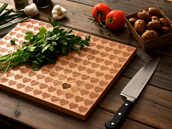 Creative Kitchen Equipment With Eco Friendly Wood Cutting Board