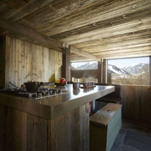 Exotic Wood Kitchen With Rustic Style In Lodge Design