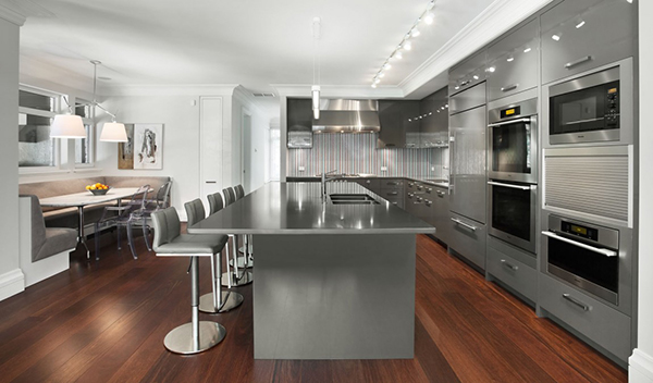 Modern Kitchen Design With Silver Color In Countertops And Kitchen Island