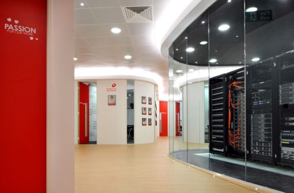 Stunning Office Design With Red White And Black Offic Decor