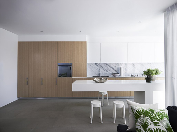 Stylish Kitchen With Floating Kitchen Island Decor
