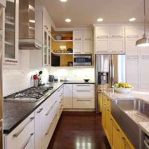 White Painted Kitchen Cabinets For A Bright Room